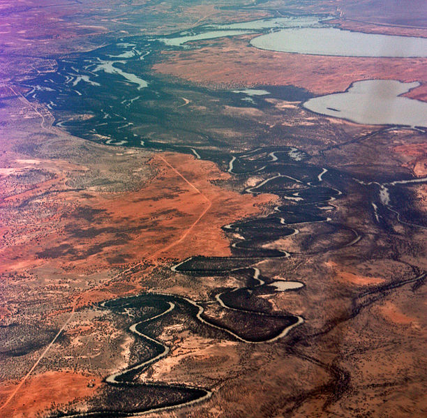 612px-menindee_lakes_in_nsw_from_16000ft