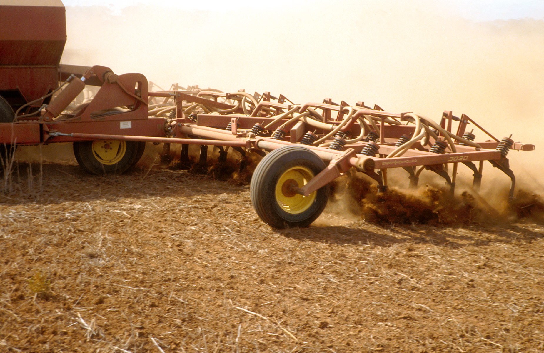 Agricultural seeding equipment in operation at Long Plains, 50 km north of Adelaide in South Australia. 1992. (Source: John Coppi)