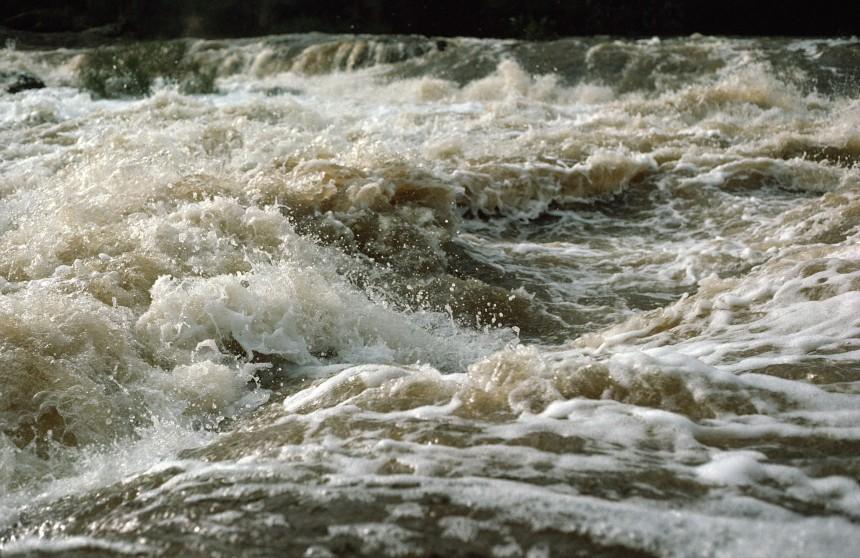 Swirling waters of the Blackwood River after winter rains, near Bridgtetown, Western Australia. (Source: W. van Aken, 1975).